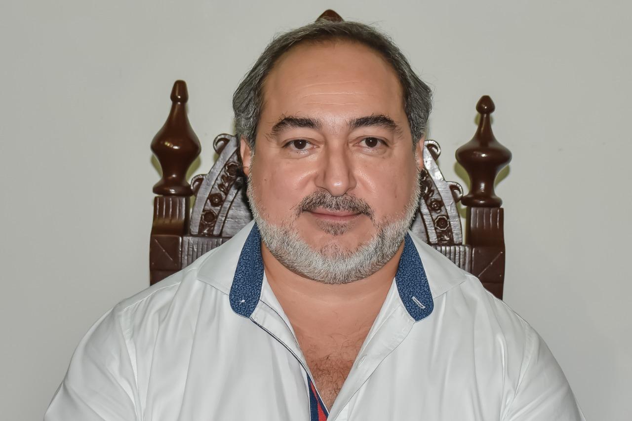Diputado Ariel Cetina Bertruy