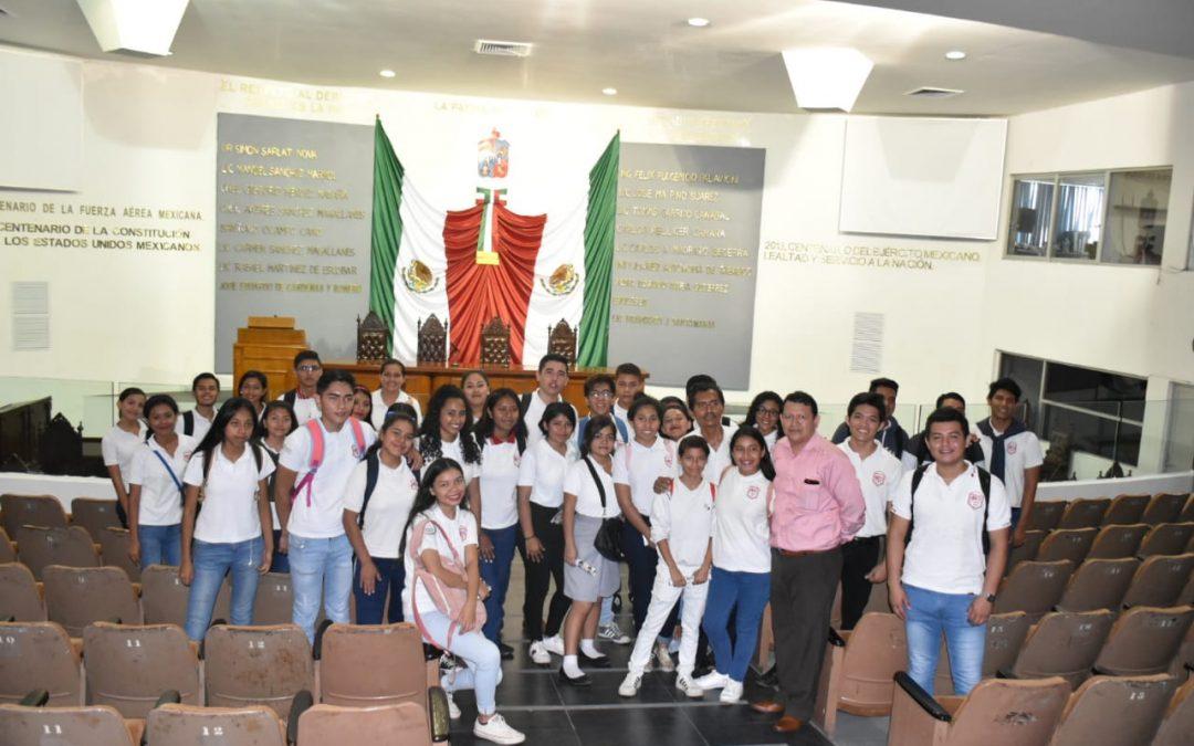 Estudiantes del Cobatab 24recorren el Recinto Legislativo