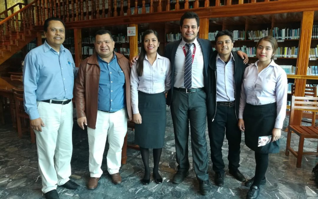 Visitan el Congreso local estudiantes de Chiapas