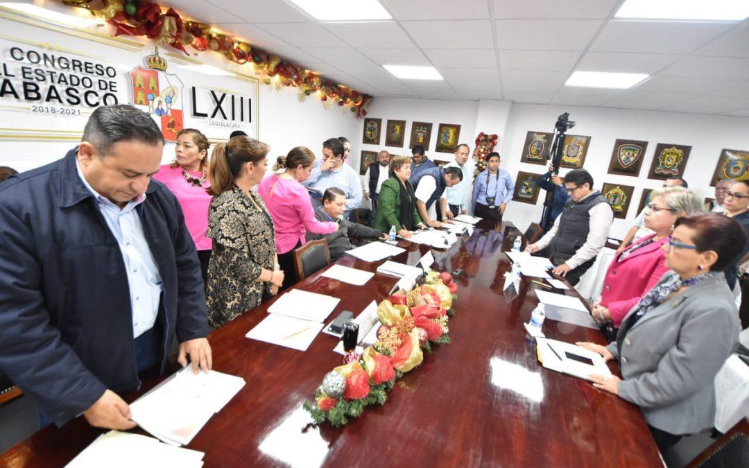 Informan a diputados sobre programas en materia de desarrollo social