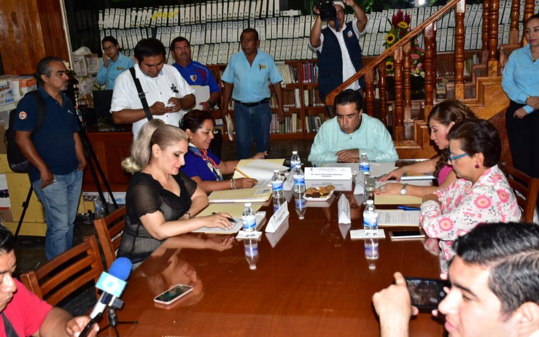 Comisión de Educación da entrada a comunicados relacionados con problemas del sector