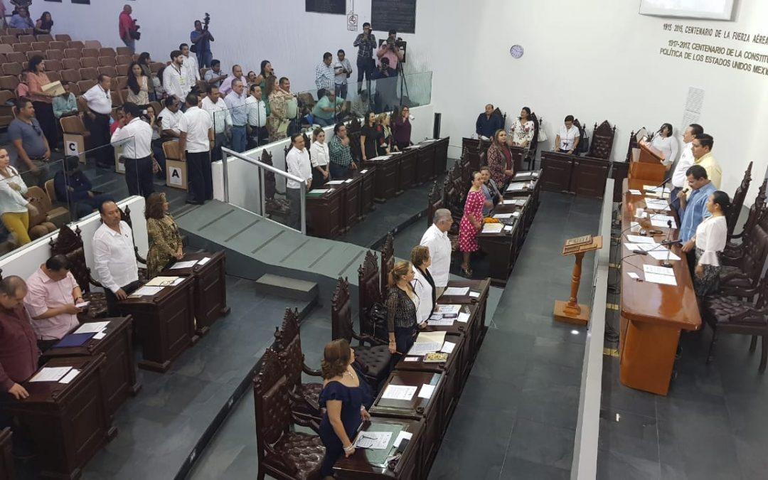 Analizan legisladores los primeros días de Gobierno del Ejecutivo Federal
