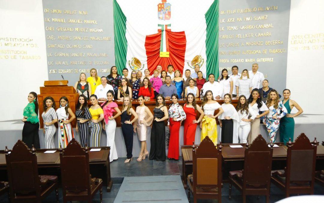 Visitan las 17 aspirantes al título Flor Tabasco el Congreso del Estado