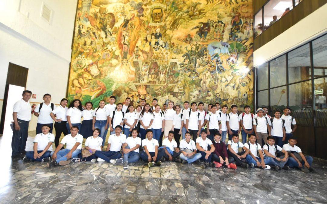 Visitan el Recinto Legislativo alumnos del Conalep de Cárdenas