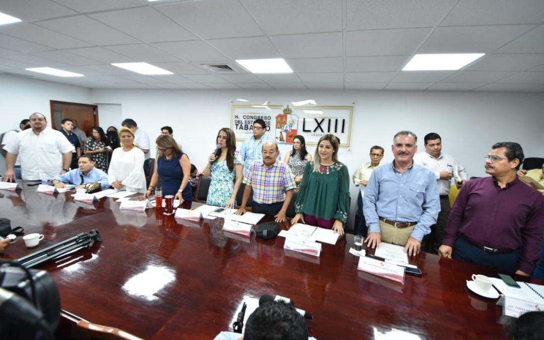 Proponen fomentar igualdad laboral entre mujeres y hombres e implementar protocolos sanitarios para exportar ganado