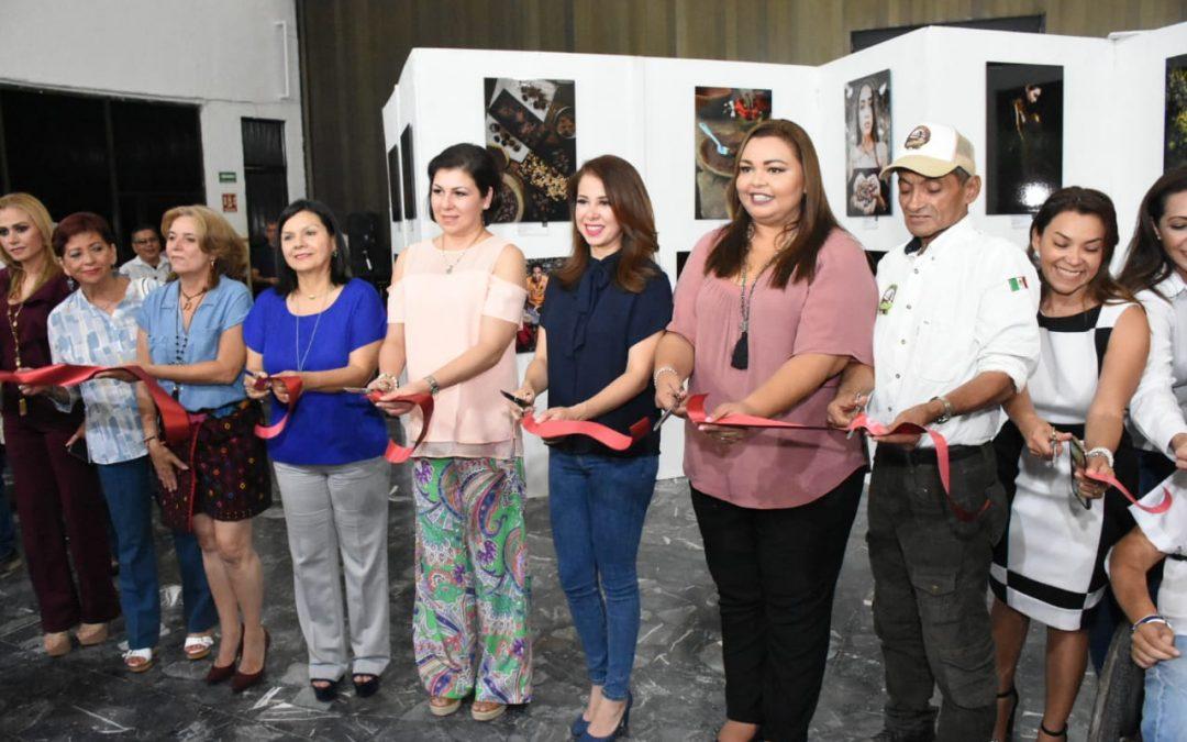 """Inauguran la Exposición Fotográfica  """"Cacao y Chocolate: Sentimientos y Sabores a través del Lente"""""""