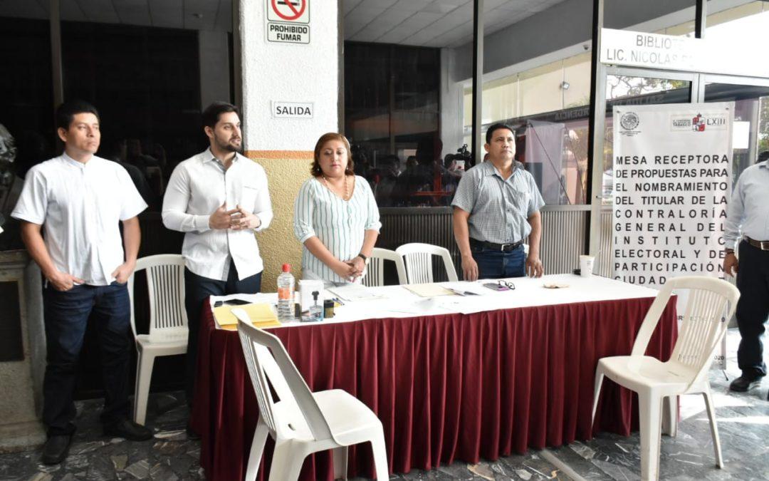Se instala mesa receptora de documentos para aspirantes a titular de la Contraloría General del IEPC Tabasco
