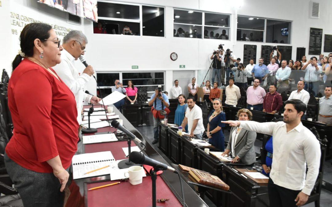 Toman protesta a Gabriel Isaac Ruiz Pérez como nuevo Secretario de Asuntos Parlamentarios