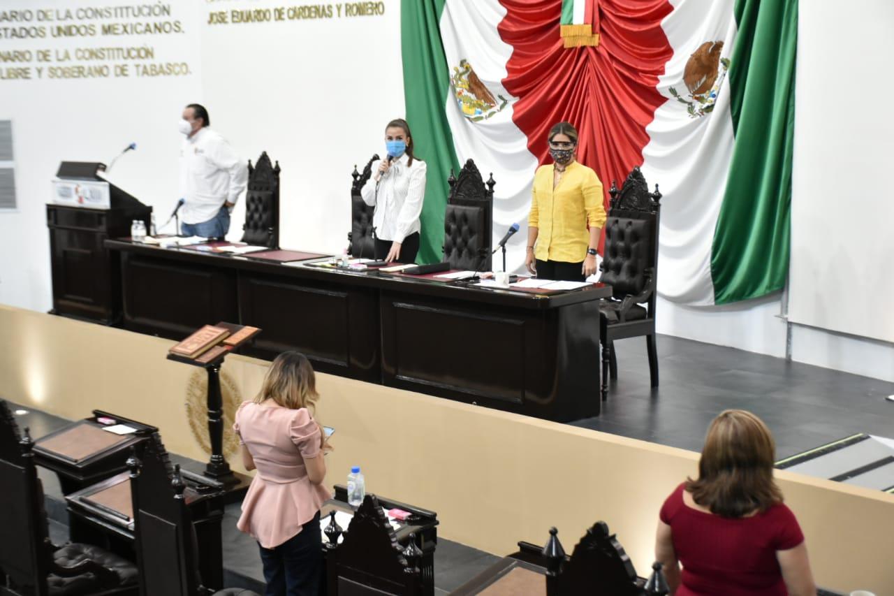 Continúa Congreso atendiendo propuestas durante periodo de receso