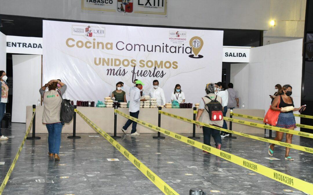 Entrega Congreso comidas de manera gratuita a personas afectadas