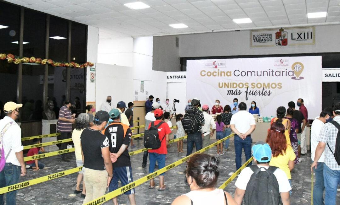 """Logra """"Cocina Comunitaria"""" del Congreso del Estado entregar 4 mil 500 comidas a personas afectadas por inundaciones"""