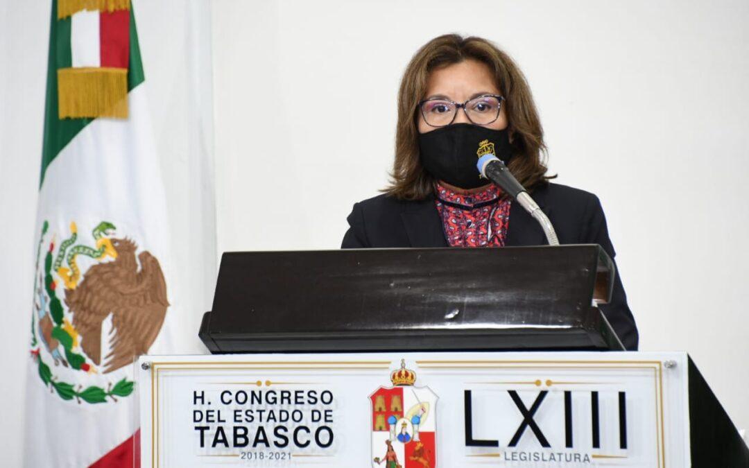 """Garantiza Egla Cornelio que el sector educativo no estará involucrado más en corruptelas, """"le pese a quien le pese"""""""