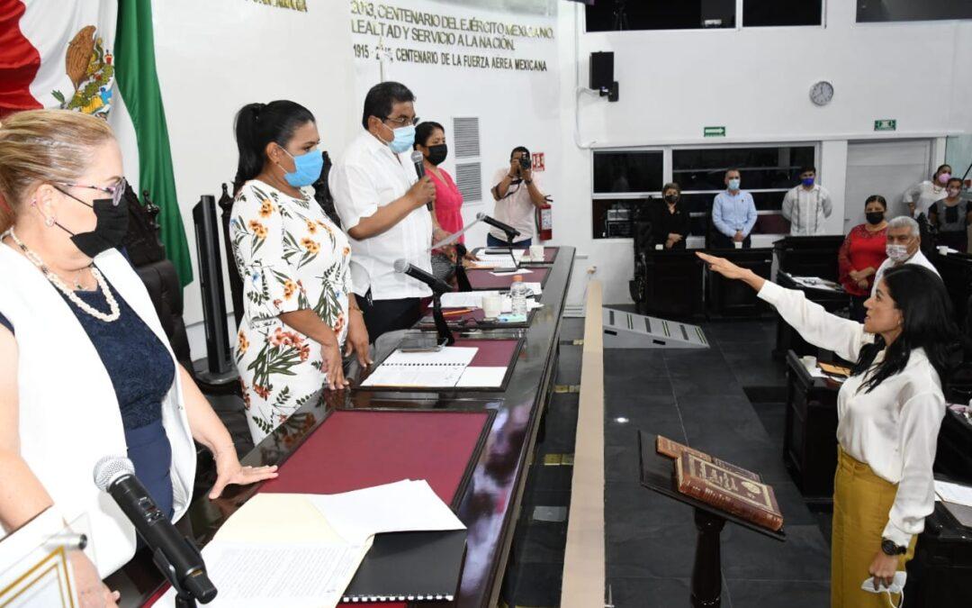 Congreso toma protesta a nueva integrante del Comité de Participación Ciudadana del Sistema Estatal Anticorrupción