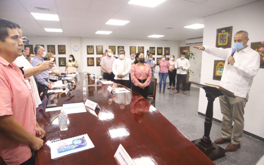 Toma protesta Comisión Permanente a Carlos Manuel Merino Campos como Gobernador Provisional del Estado de Tabasco